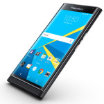 blackberry_priv smartphone